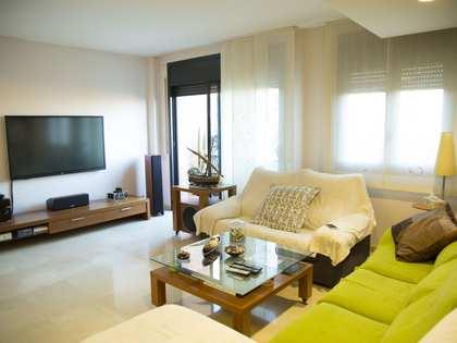 Piso de 156 m² con terraza, en venta en Castelldefels