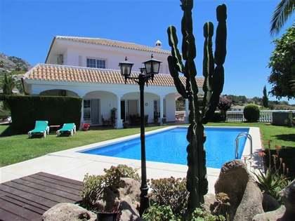 510m² Haus / Villa mit 120m² terrasse zum Verkauf in Mijas