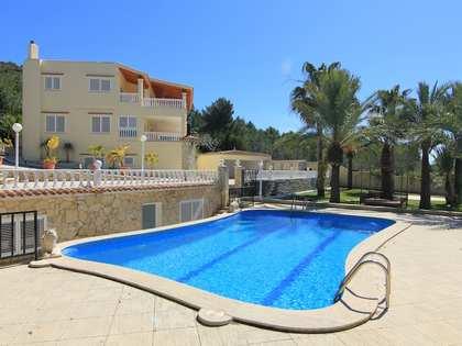 Casa / Villa di 668m² in vendita a Santa Eulalia, Ibiza