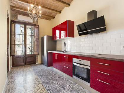 75m² Apartment with 6m² terrace for sale in Eixample Right