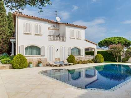 536m² Haus / Villa zum Verkauf in Playa de Aro, Costa Brava