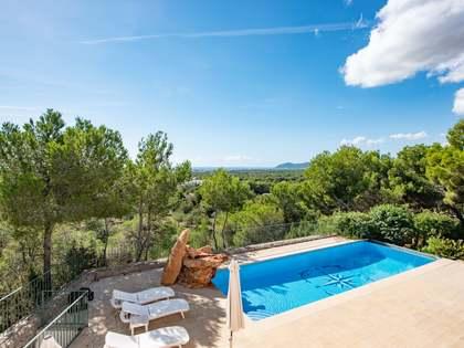 Huis / Villa van 325m² te koop in Santa Eulalia, Ibiza