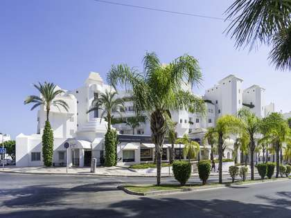 316m² Lägenhet med 30m² terrass till salu i Malaga, Spanien