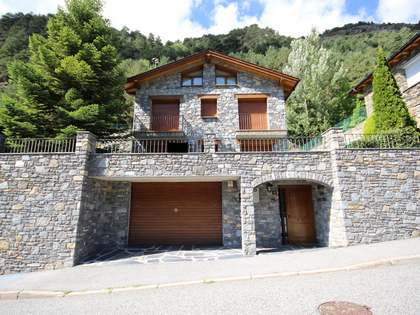 Mountain chalet for sale in the Ordino valley, Andorra