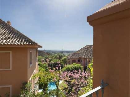 Appartement van 165m² te koop met 35m² terras in Benahavís