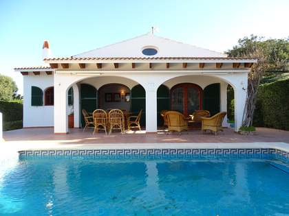 Villa de 140m² en venta en Menorca, España