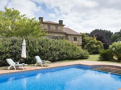 Maison / Villa de 795m² a vendre à Pontevedra, Galicia