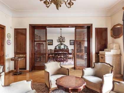 Appartamento di 247m² in vendita a Sant Gervasi - Galvany