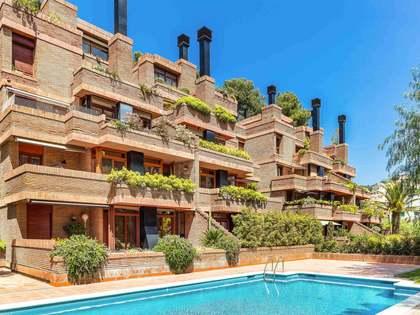 在 Sant Just, 巴塞罗那 154m² 出售 顶层公寓 包括 70m² 露台