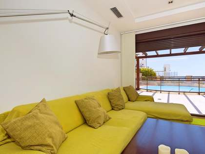 Huis / Villa van 86m² te koop met 220m² terras in Alicante ciudad