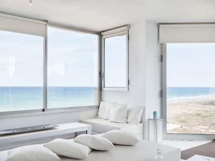 Beachfront apartment to buy in El Saler on Valencia Coast