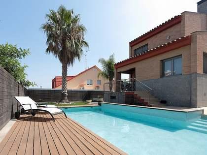 Casa / Vil·la de 361m² en venda a Calafell, Tarragona