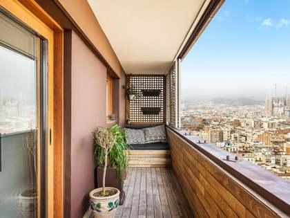 Appartamento di 109m² con 12m² terrazza in vendita a Eixample Destro