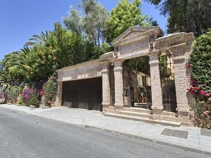 1,012m² Landhaus mit 135m² terrasse zum Verkauf in Goldene Meile
