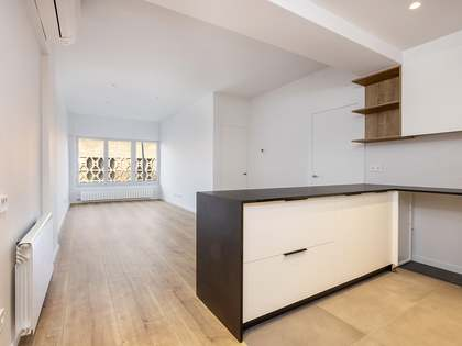 70m² Apartment for rent in Les Corts, Barcelona