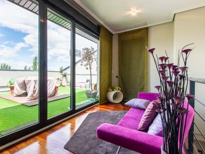 243m² Apartment with 40m² terrace for sale in Aravaca