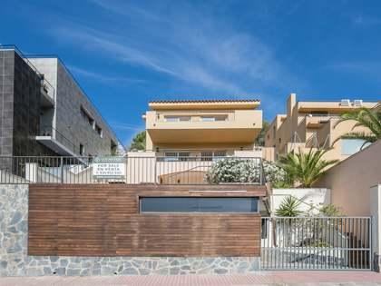 在 Levantina, 巴塞罗那 219m² 出售 豪宅/别墅