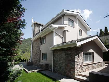 Fantastic house for sale in centre of La Massana, Andorra