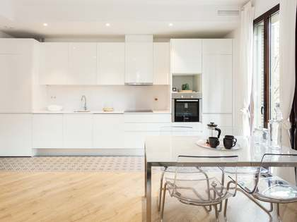76m² Apartment for sale in Eixample Right, Barcelona