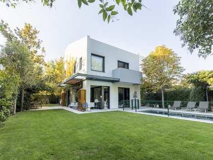 casa / vil·la de 322m² en venda a Aravaca, Madrid