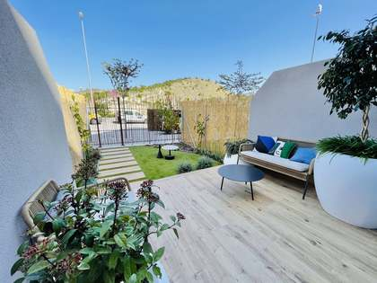 154m² House / Villa with 123m² garden for sale in El Campello
