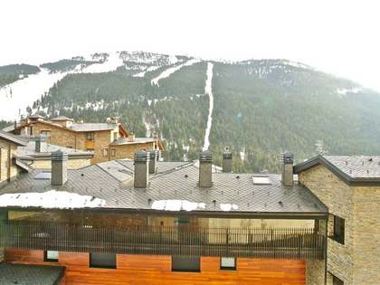 Fantastic renovated apartment for sale in Soldeu, Andorra