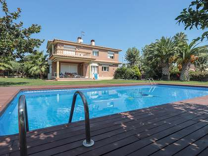 450 m² house for sale in Vilanova i la Geltrú