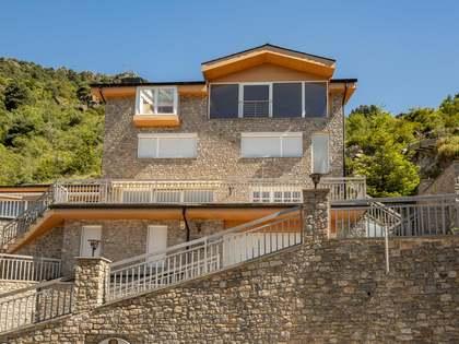 Casa / Villa di 570m² in vendita a St Julià de Lòria