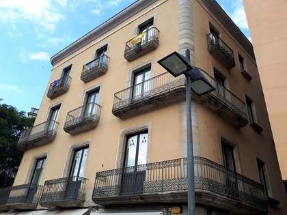 238m² apartment for sale in central Girona