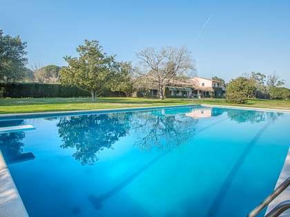 Huis / Villa van 700m² te koop in Baix Emporda, Girona