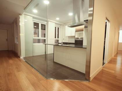 Appartement van 204m² te huur in Recoletos, Madrid