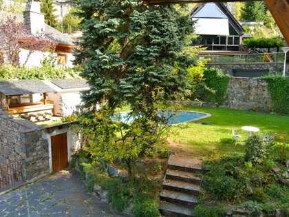 Villa en venta en Escaldes, Andorra.