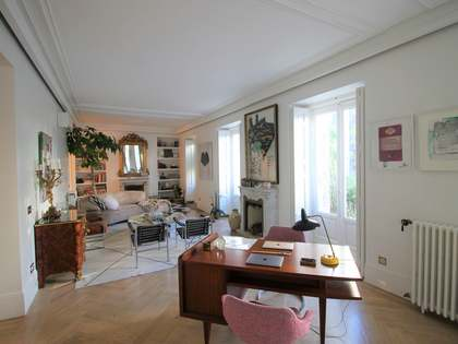 245 m² apartment for sale in Justicia, Madrid