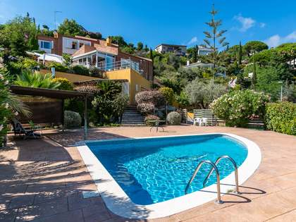 340m² House / Villa for sale in Alella, Barcelona