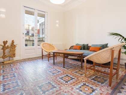 Piso de 108m² con terraza de 6m² en venta en Eixample Derecho