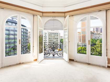 220 m² apartment for sale in Turó Park, Barcelona