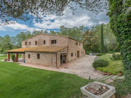 Girona country estate in a prime location of the Costa Brava