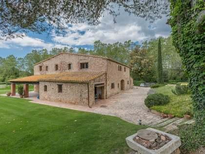 1,421m² Hus/Villa till salu i Baix Emporda, Girona