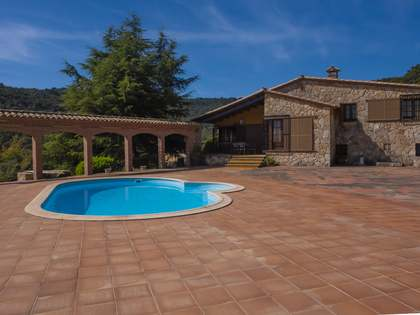 340m² House / Villa for sale in Santa Cristina, Costa Brava