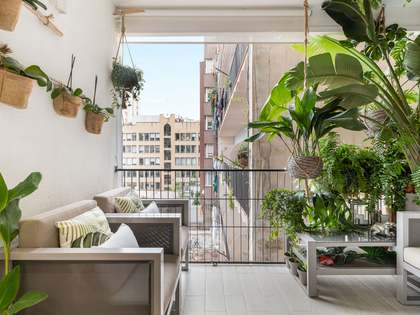 129m² Apartment with 7m² terrace for sale in Eixample Left