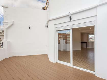 86m² Penthouse with 24m² terrace for sale in Extramurs