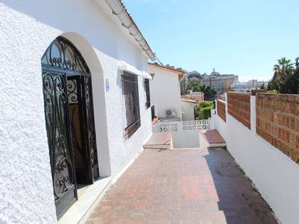 222m² House / Villa with 40m² terrace for sale in East Málaga