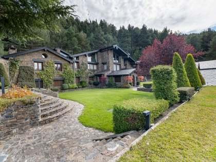 Дом / Вилла 1,500m² на продажу в Ла Массана, Андорра