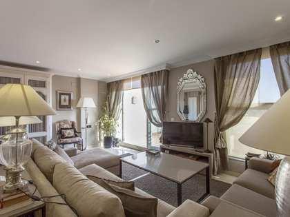 203m² Penthouse with 10m² terrace for rent in Ciudad de las Ciencias