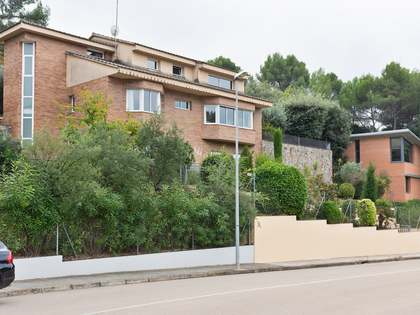 398m² House / Villa for sale in Sant Cugat, Barcelona
