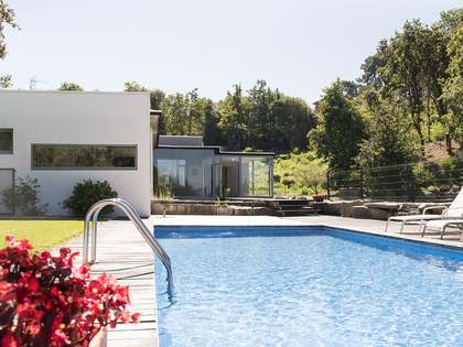Huis / Villa van 474m² te koop in Pontevedra, Galicia