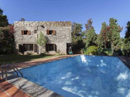 437 m² house with 1,238 m² garden for sale in Rocafort