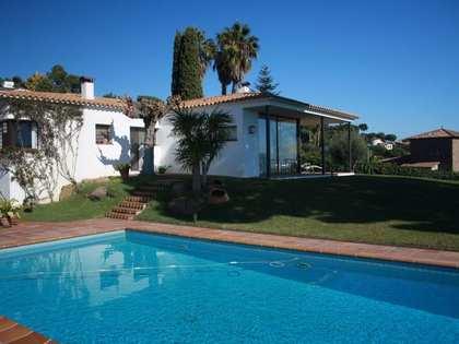 Villa con vistas del mar en venta en Torre Valentina, en la Costa Brava