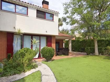 Huis / Villa van 170m² te koop in El Campello, Alicante