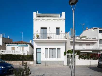 2-bedroom frontline home to rent in Caldes d'Estrac